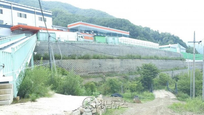 생수업체 화인바이오, 국토부 부지 상공에 구조물 무단 설치